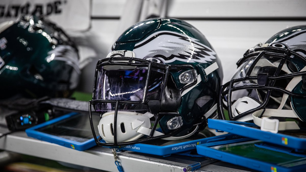 Roster Moves: #Eagles have protected the following practice squad players:  G Jamon Brown RB Jordan Howard LB Rashad Smith DT Raequan Williams