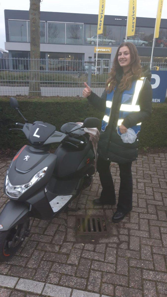 test Twitter Media - Ook vandaag geslaagd: Jolie Hagendijk voor haar scooter AM2 rijbewijs, Gefeliciteerd. https://t.co/i8mReSnTrD