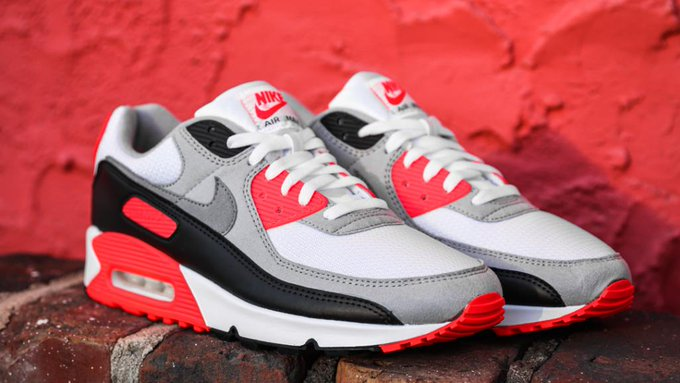 Sizes 8-13 available Nike Air Max III 'Radiant Red' =  2