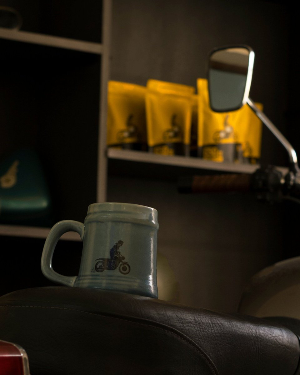 Who needs a steady cup of coffee right about now?   #coffeemugs #coffeemuglove #coffeeaddiction #wednesdaymotivation #wednesdaynight #grindmode #cuppa #cuppacoffee #wheeliegoodcoffee #baristagram #bikerlife #tripmachineco #tripmachinecoffee