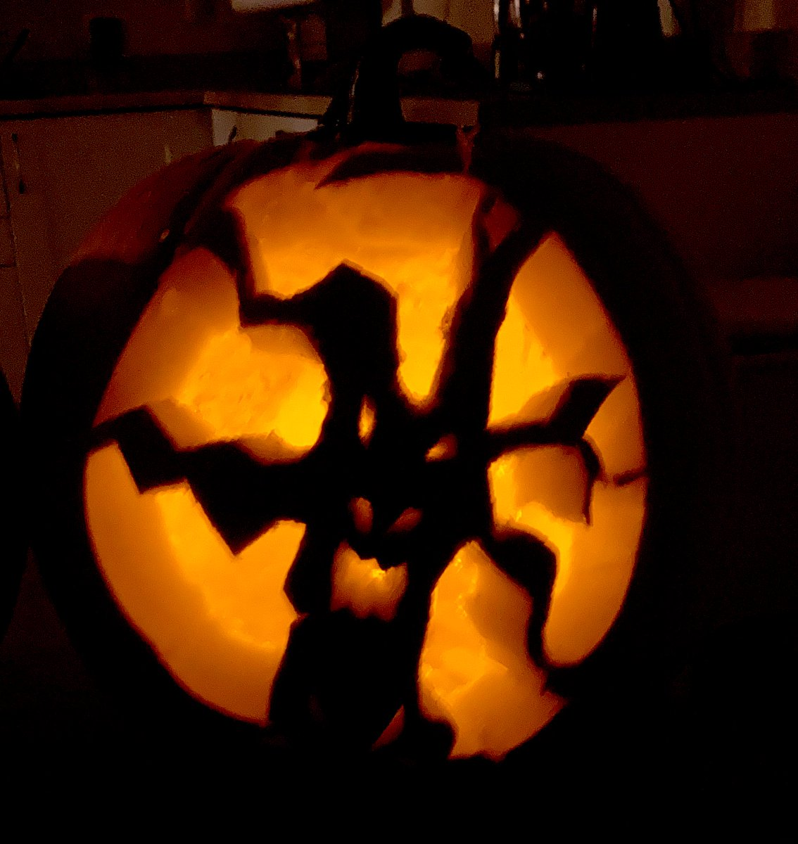 I'm having Halloween withdrawals! My pumpkin was 🔥 this year. #Halloween2020 #horror #HorrorFamily https://t.co/KE13NjrfO4