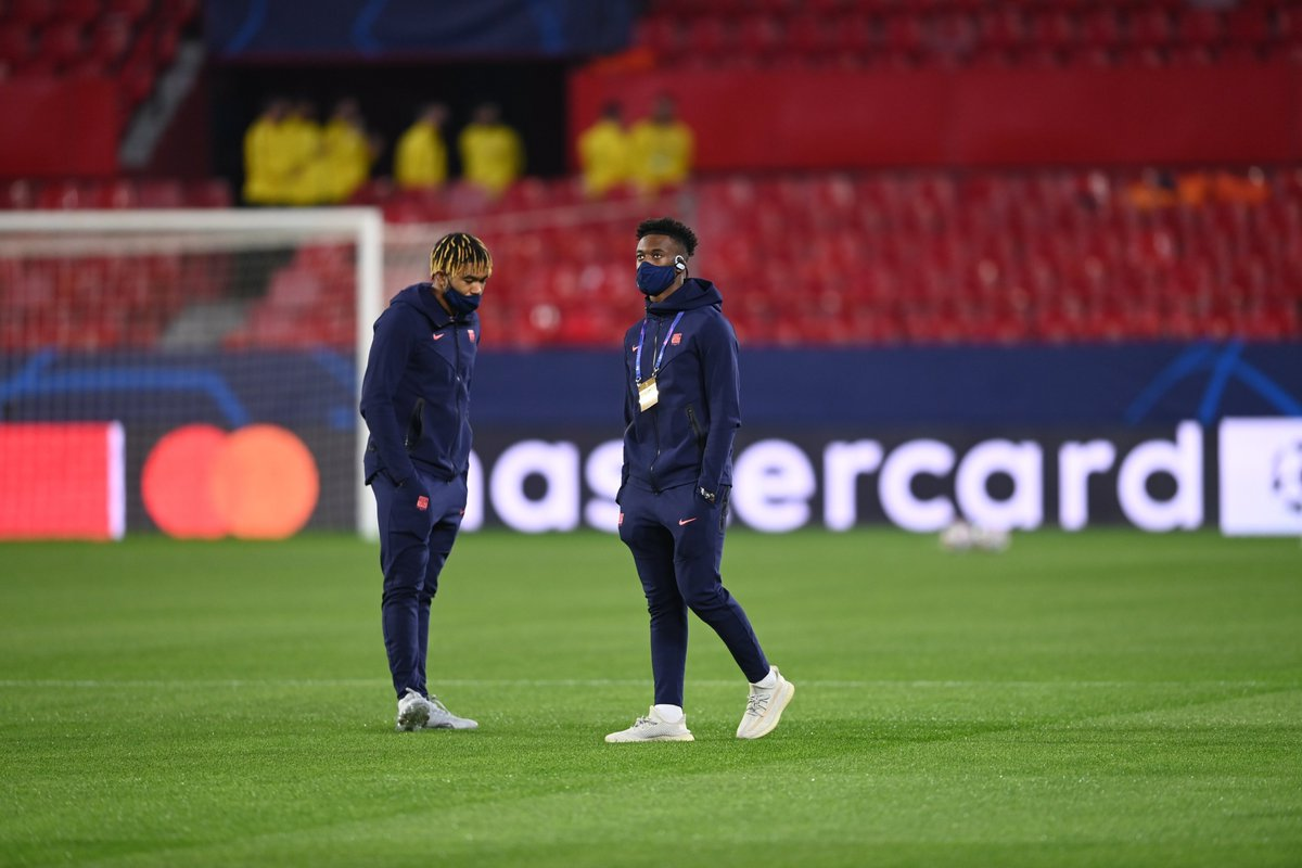 .@reecejames_24 x @Calteck10 scoping out the pitch...   #SEVCHE