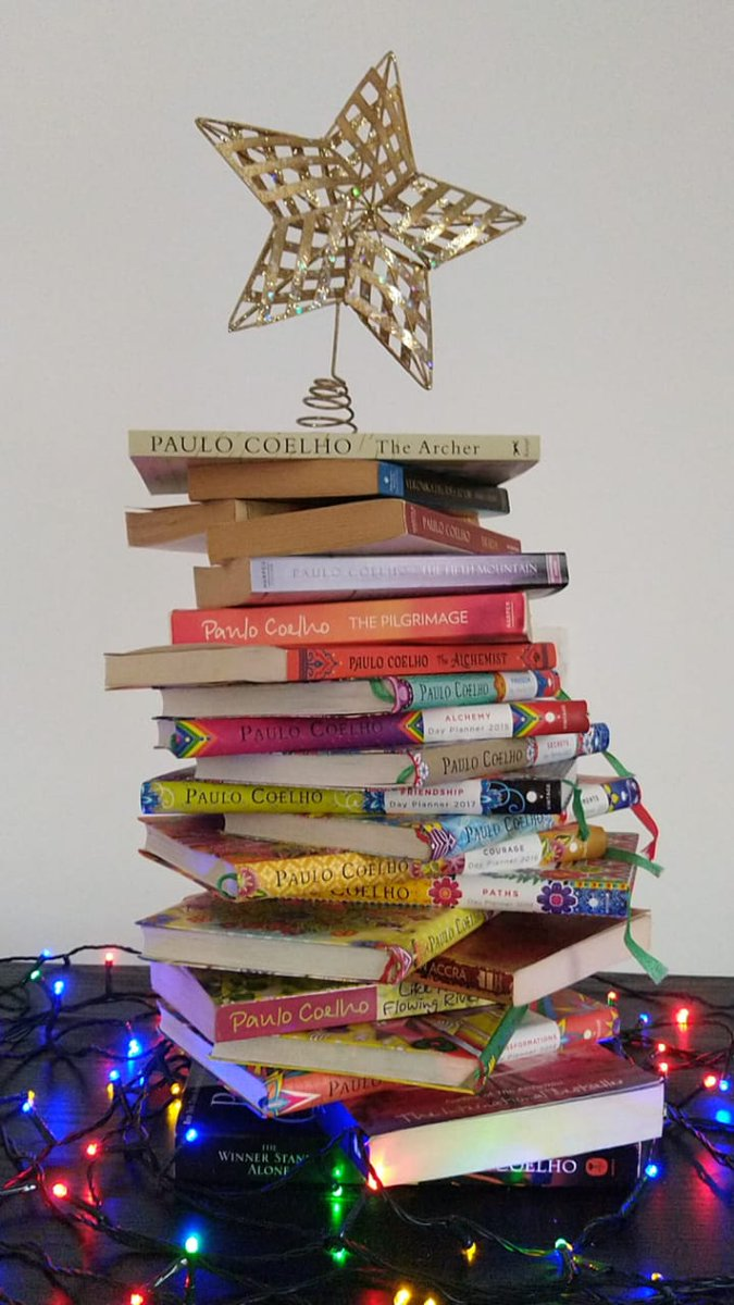 Tis the season to be jolly! My perfect Christmas tree 😍😍 @paulocoelho