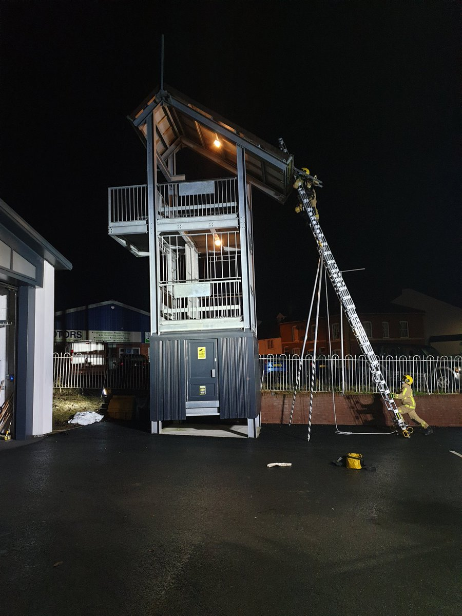 Did you know that our appliances carry roof ladders aswell as 9m and 13.5m ladders? These can be deployed at, for example, chimney fires where the use of an ALP may be impractical or unsafe.  #OnCall #MuchWenlock #ShropsFire #TrainForTheBest #YourFireCrew