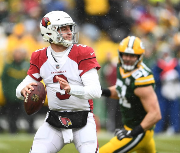 12/2/18 – On 3rd and 23, Josh Rosen hit Larry Fitzgerald for a 32yd gain, a play that soon set up a 44yd game-winning FG (w/11:41 left) by Zane Gonzalez (who was picked up the week prior), for a 20-17 Cardinals win at Green Bay, the franchise's first win in GB since 1949. #RedSea https://t.co/aQEbrA2HZH