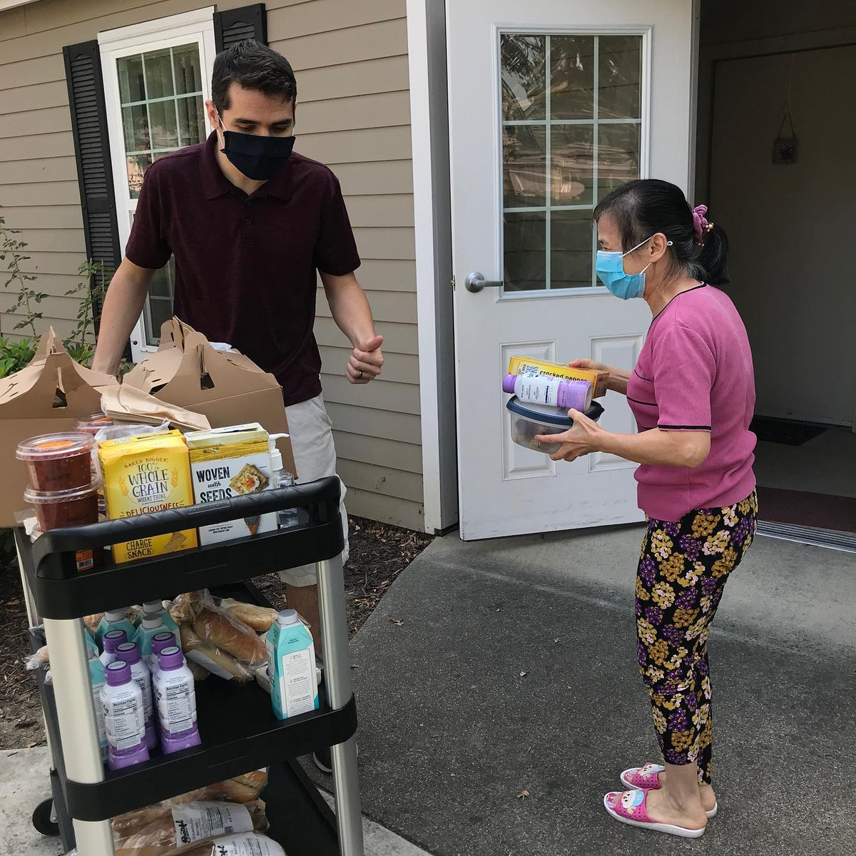 Our @sacstate interns are integral to #CHOCServices' work across our #affordablehousing properties. We're so grateful for their ongoing assistance during these challenging times! Full story on FB:   #covid19 #sacramento #chochousing #community #wearamask