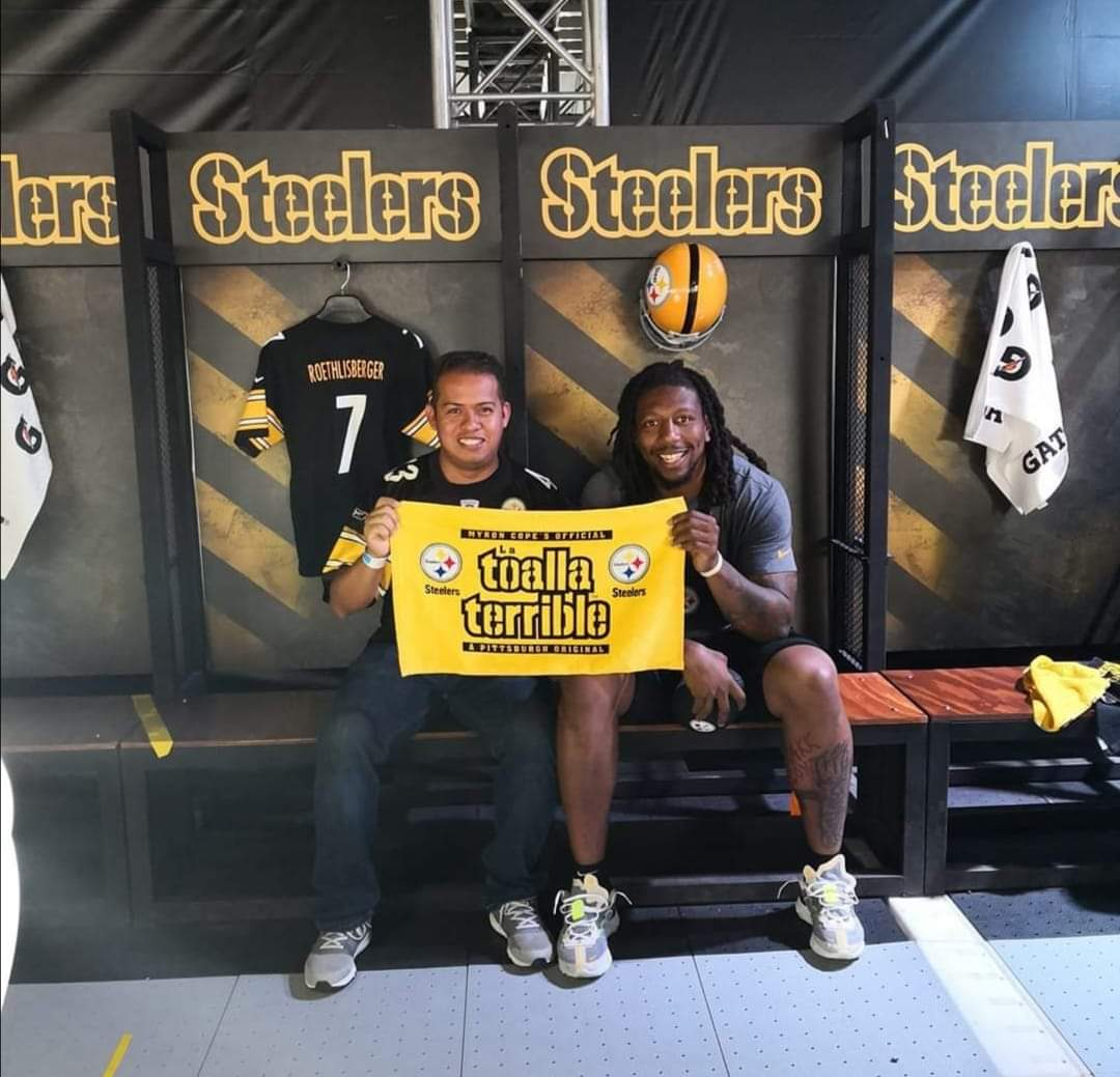 Prayers up @Bud_Dupree our best wishes from México! @SteelersNUM #Steelers #HereWeGo #SteelersNation