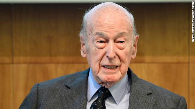 Former French President Valéry Giscard d'Estaing has died of Covid-19. He was 94 years old.