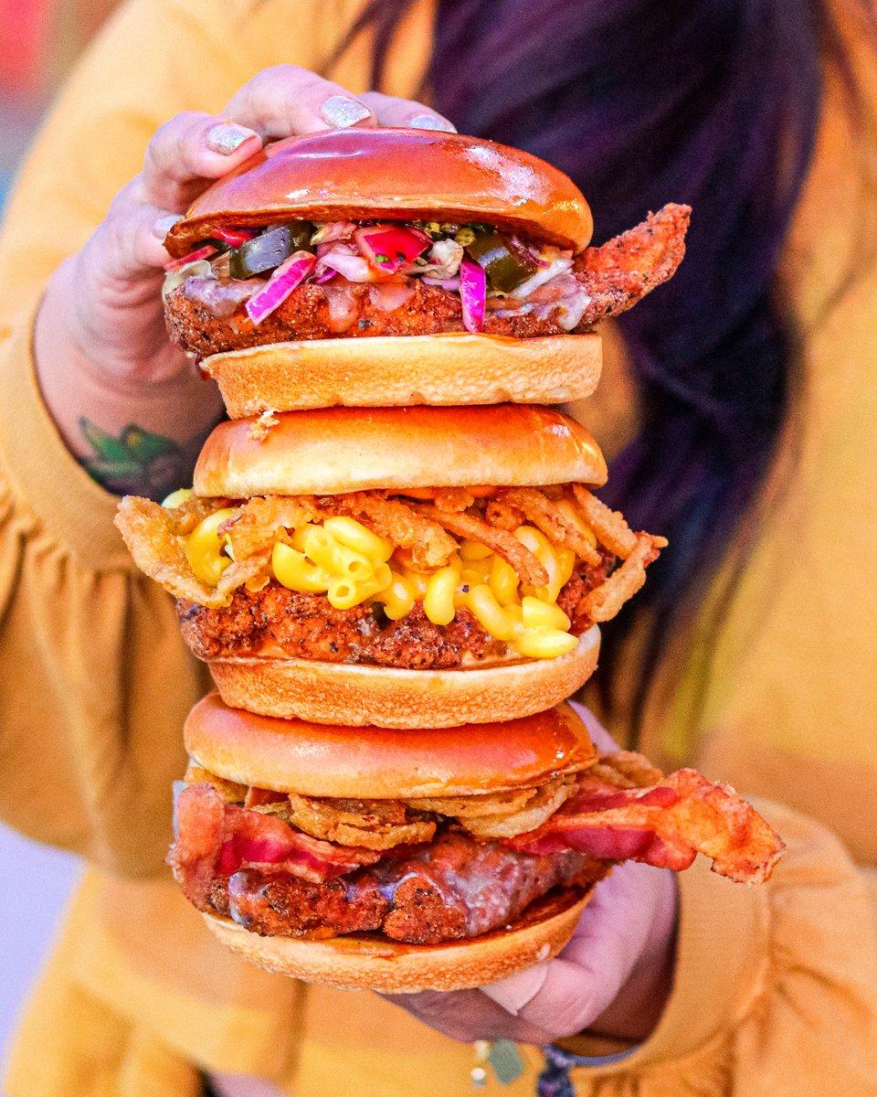Yeah, you got that yummy yummy! 🔥🙌🏼🐔 #BigChickenShaq