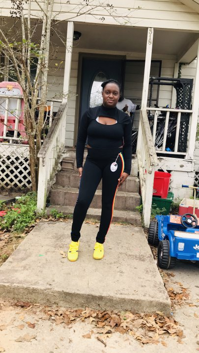 #Likee #HelloLikee Rachael Allen is broadcasting a Magic Live, come and join in!https://t.co/qAgjL2i88d https://t.co/RwiTkakuKV