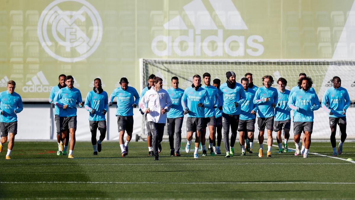 💪⚽ ¡Comenzamos la preparación para nuestro próximo partido de @LaLiga! 🔜 @SevillaFC #HalaMadrid   #RMCity