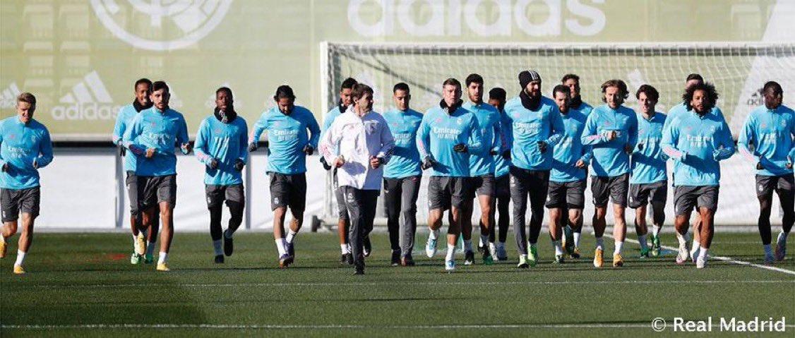 🏃🏻♂️Vuelta a los entrenamientos preparando el partido ante el @SevillaFC  ✅ Jovic y Odriozola son las novedades  #HalaMadrid #RMLiga