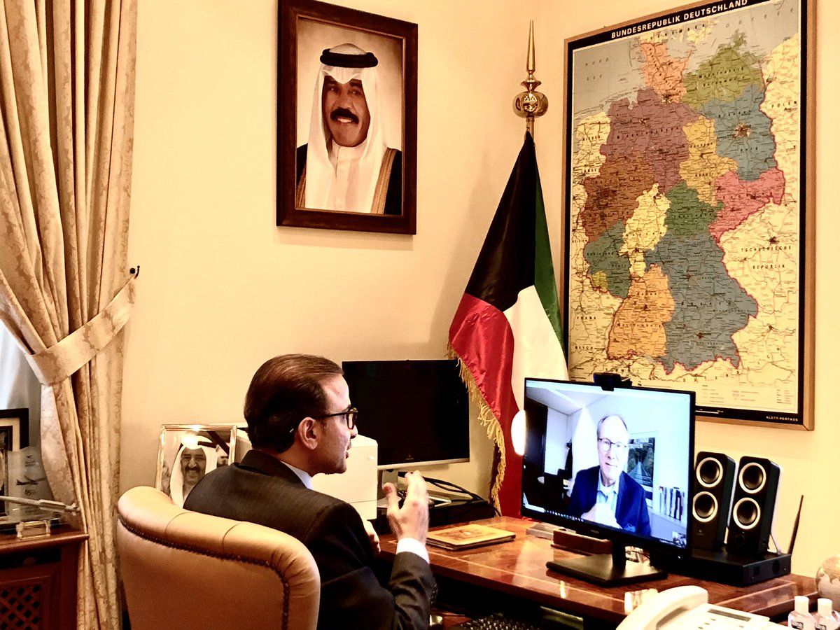 HE. Najeeb Abdulrahman Al-Bader, Ambassador of the State of #Kuwait to the Republic of #Germany, held a virtual meeting with the Deputy Secretary-General and head of #Berlin office of the  German Academic Exchange Service (DAAD), Christian Mueller. 🇰🇼🇩🇪 https://t.co/MM6RkTdS6x