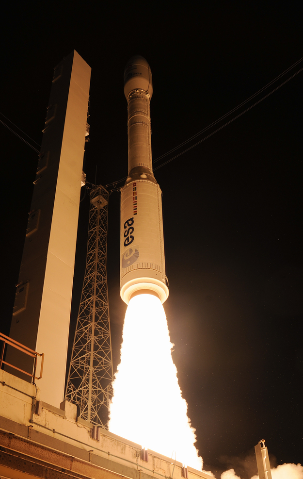 #OTD 5 years ago: 3 December 2015, #ESA's #LISAPathfinder mission launched on #Vega VV06 from Kourou in French Guiana, paving the way for future missions by testing in flight the concept of gravitational wave detection 👉  (Pic ESA/S.Corvaja)