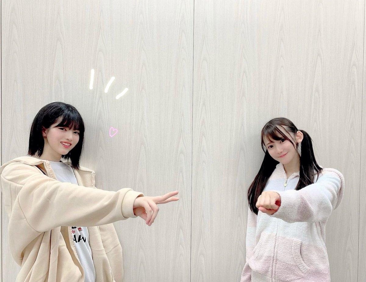 【ブログ更新 新4期生】 初めましての握手会 ☺︎ 黒見明香(16)