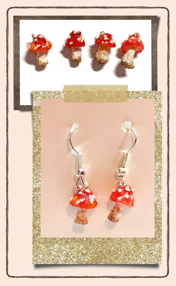 Tiny Magical mushrooms, Possibly my favorite miniatures to make.  #jewelry #art #gothicjewelry #gothwear #xmassparkles #polymerclay #gifts #earrings #sale #cybermonday #craftevent #blackandgold #jeweleroninstagram #artoftheday