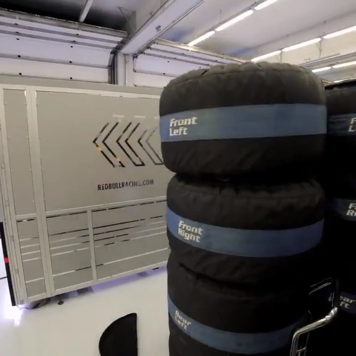 Mother Nature can often provide a headache for the brains on the pit wall 🌧🧐 Go Behind The Charge 🎥👉 https://t.co/CZhU1DfAWz