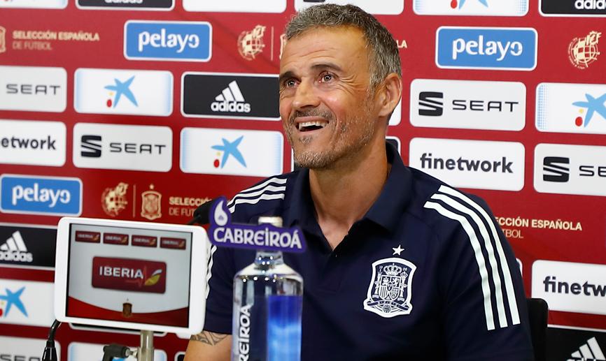 ⚽️ A las 17:30 horas conoceremos nuestro rival en la Final Four de la UEFA Nations League.  📝 A continuación, @LUISENRIQUE21 valorará el emparejamiento en rueda de prensa telemática.  📺 Será retransmitida en directo por nuestros canales oficiales.  #SomosEspaña #SomosFederación