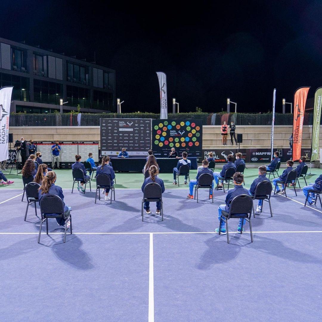 Paula Hurtado ya está preparada para disputar la primera ronda del #RafaNadalTour. 🎾🔛  ¡Disfrútalo!  ⠀ #CMCompetition #RNT2020 #Tenis #Tennis