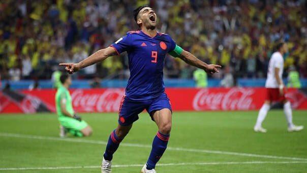 #tbt  El día que Radamel Falcao García convirtió en un mundial de futbol. Nunca un gol fue tan merecido como este!  #falcao #radamelfalcao #colombia #worldcup #fifaworldcup #mundial #rusia #futbol #fútbol #soccer #gol #adidas #nike #football #footballplayer