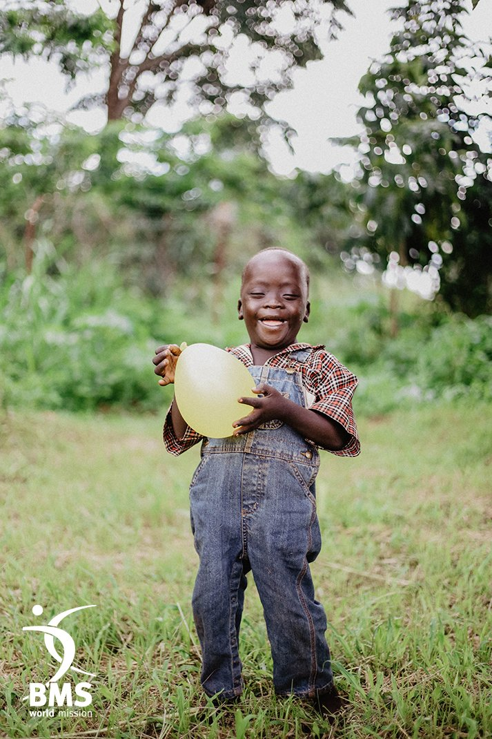test Twitter Media - #InternationalDayofPeoplewithDisabilities  We know everyone is wonderfully made by God, which is why we're celebrating people with disabilities!   Innocent is a young boy from Uganda who has Down Syndrome – and his story is a perfect example of God's love: https://t.co/VnN5C1GSbX https://t.co/nK97PusCtF