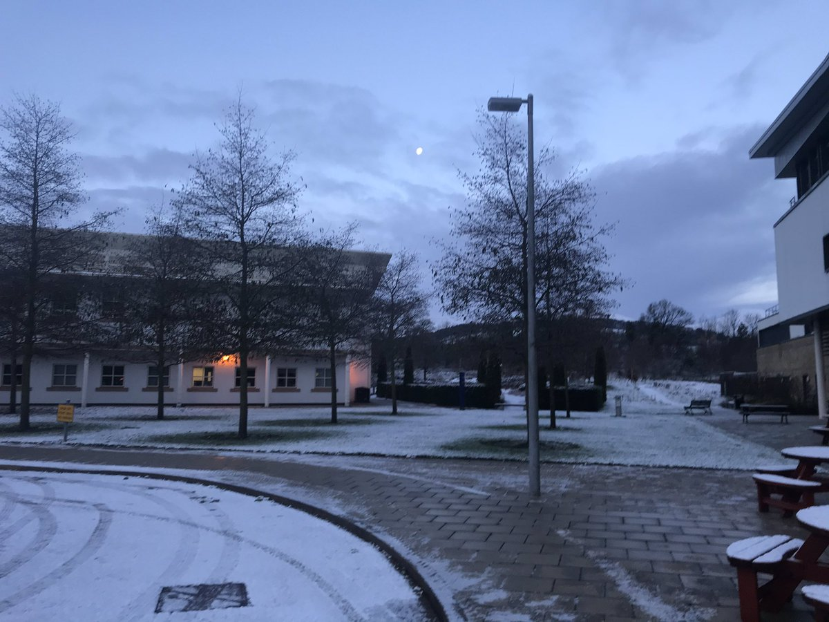 A beautiful morning on campus! @TheDickVet #oncall #vetslife #snow #Edinburgh