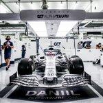 Garage goals 😍 How's that for nice & tidy?! 👌  #AlphaTauri #F1 #SakhirGP 🇧🇭