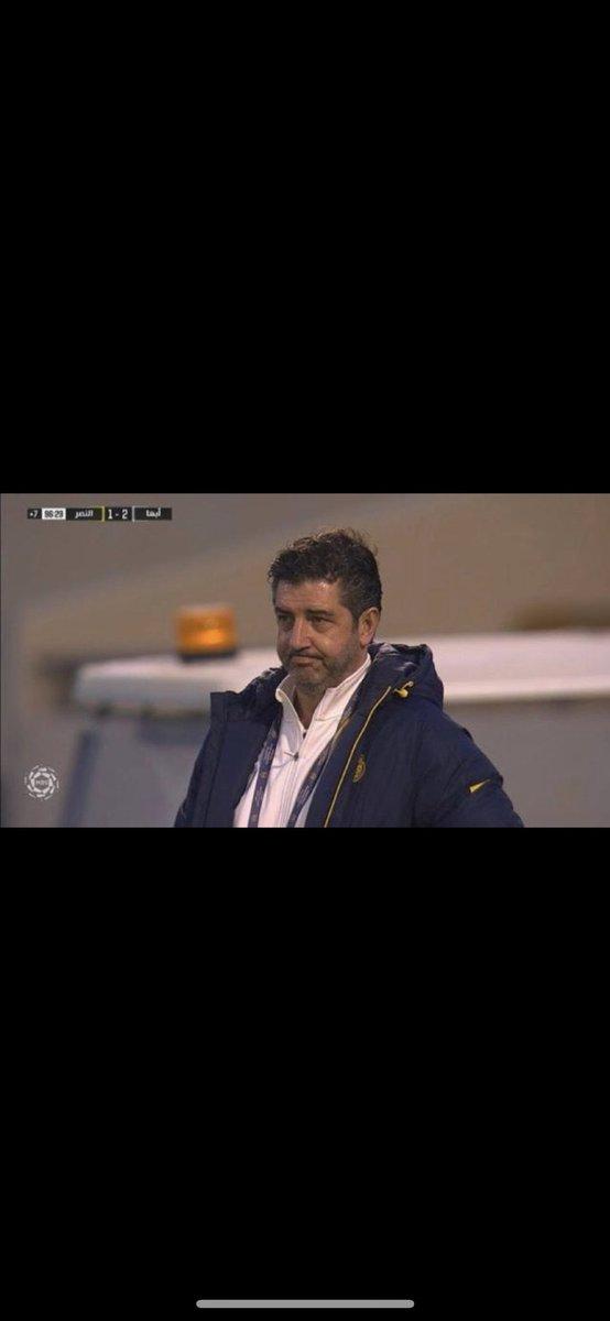 🚨— #عاجل : إدارة #النصر تجد صعوبة في إقالة المُدرب فيتوريا بسبب الشرط الجزائي العالي (6) مليون يورو .   #حمدالله