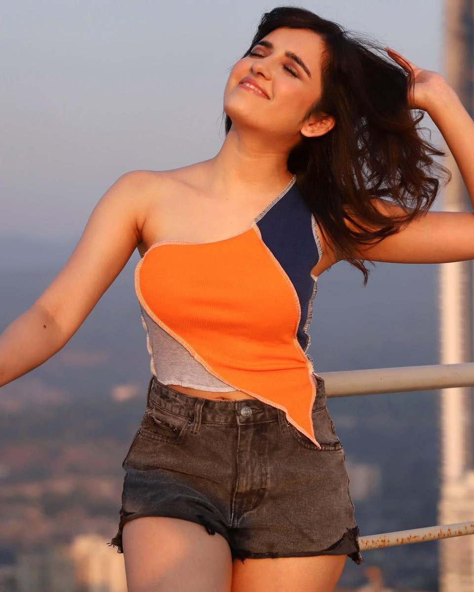Shirley Setia ❤️❤️❤️  more actress images at https://t.co/hmoZcBJMRb https://t.co/0Q4UTDB0So