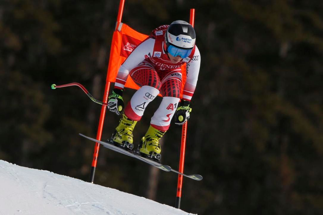 Who's ready for some @fisalpine GS in St Moritz? Saturday, Dec 5 Ladies Super-G 11.30 am CET Sunday, Dec 6 Ladies Super-G 11.30 am CET #skiracing #skiing #women #worldcup
