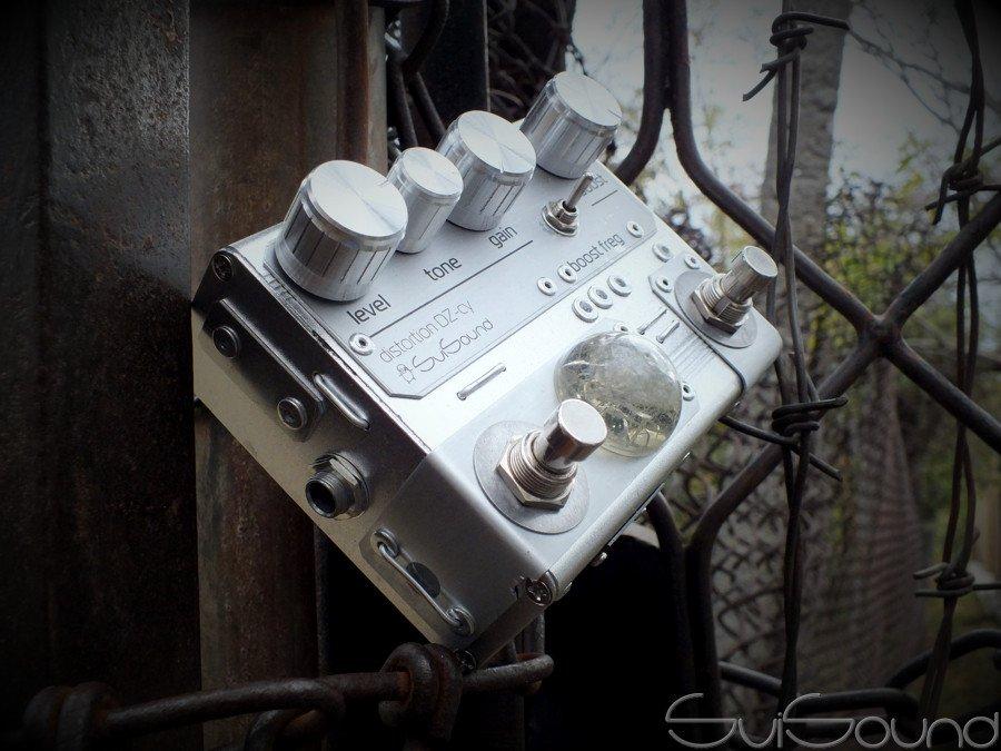 Distortion #DistoZoid_cy #cyberpunk edition  #svisound #guitareffect #guitarpedal #guitar #fxeffect #distortion #overdrive  #fuzz #amplifier #reverb #delay #chorus #flanger #pedalboard #steampunk #industrial #techno