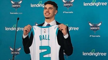 Lonzo Ball - New Orleans Pelicans  LaMelo Ball - Charlotte Hornets LiAngelo Ball - Detroit Pistons  Lavar Ball talked the talk and walked the walk! All 3 of his sons are now in the #NBA 🏀 https://t.co/yTv2fHa5VW
