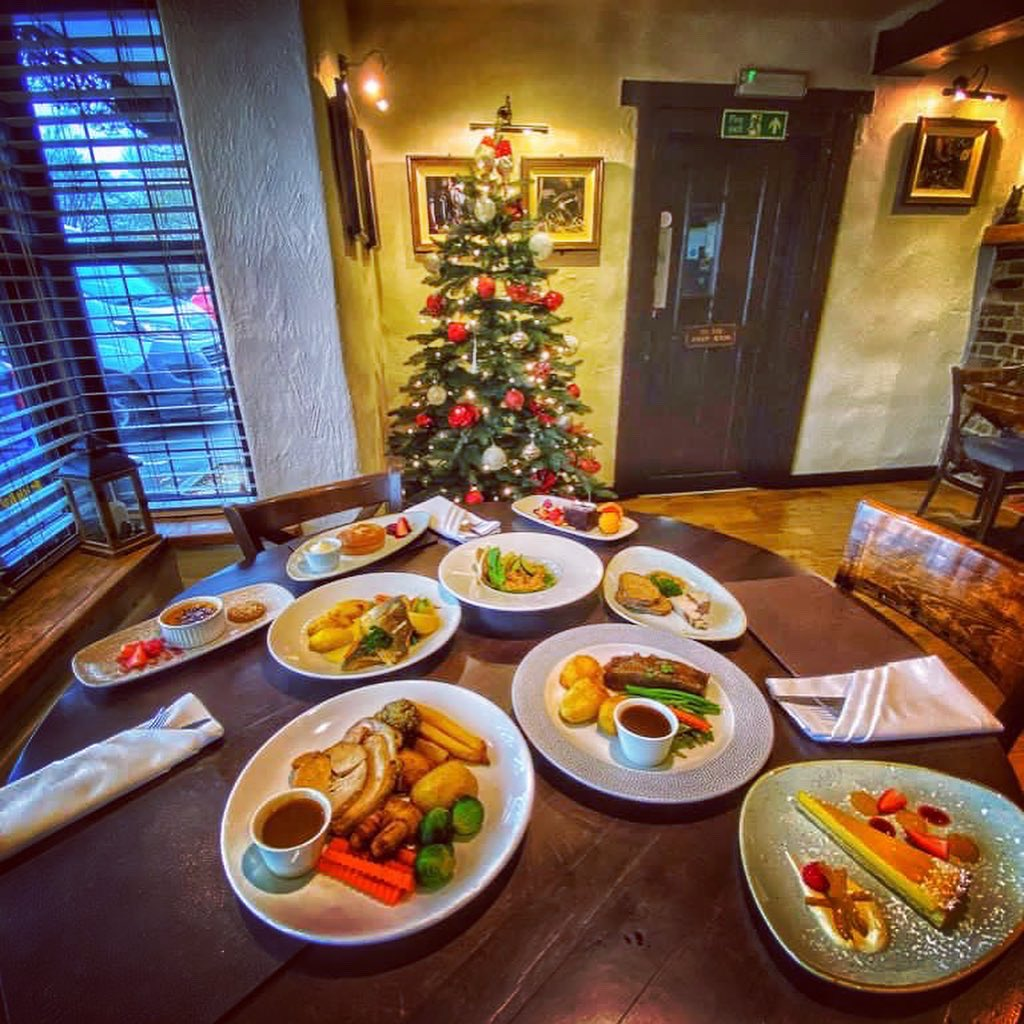 Food tasting - it's a tough job but someone has to do it and strangely enough our team are never shy at volunteering 🤔 #ThursdayThoughts   #festivevibes #christmas #dinnertime #festivemenu #christmaslunch #hotel #stirrups