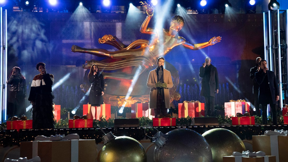 Thank you @nbc for keeping this much needed tradition alive this year.  It was a pleasure to be a part of last night's celebration.  Next up, Whoville! #RockCenterXMAS