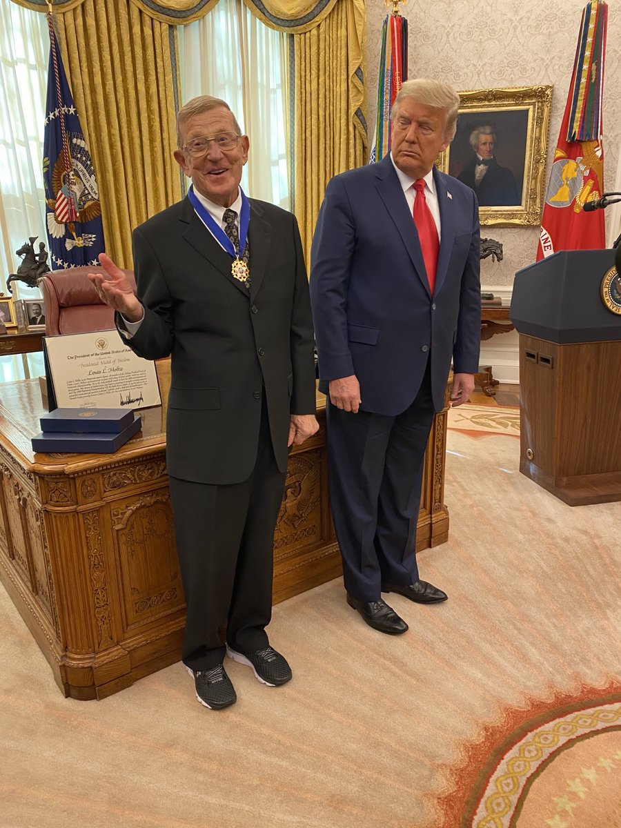 .@realDonaldTrump declines to say whether he has confidence in Attorney General Bill Barr, says to ask him that again in a number of weeks.