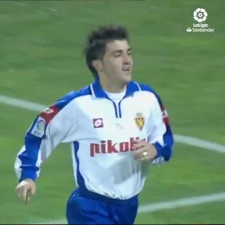 #OnThisDay in 2003, @Guaje7Villa scored his first #LaLigaSantander brace with @RealZaragoza! ⚽️🔙⚽️  #YouHaveToLiveIt