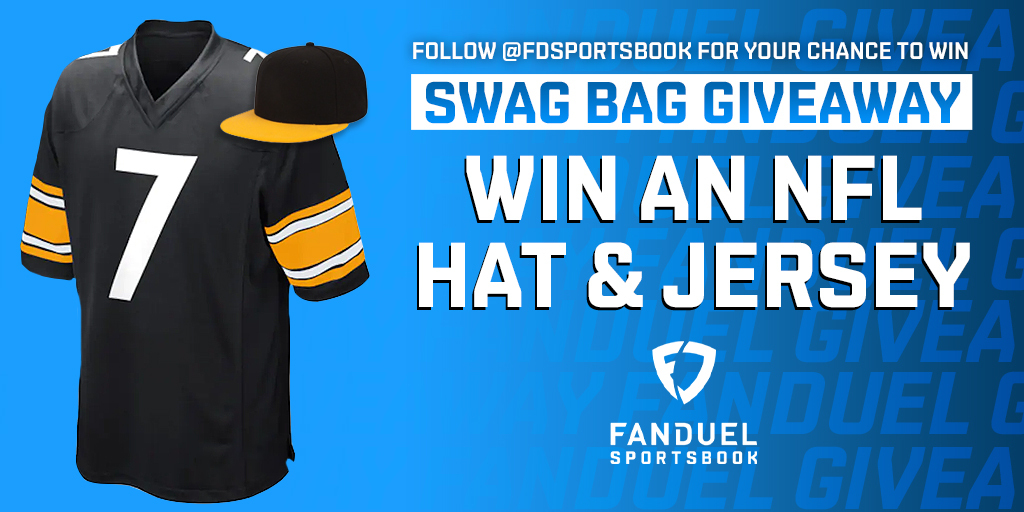 🚨 GIVEAWAY 🚨  We're hooking up one lucky follower with a FREE NFL jersey and hat 🧢  For your chance to win:  1️⃣ RETWEET 2️⃣ FOLLOW: @FDSportsbook 3️⃣ REPLY with a GIF of your favorite NFL player  One winner will be randomly selected on December 15  Rules: