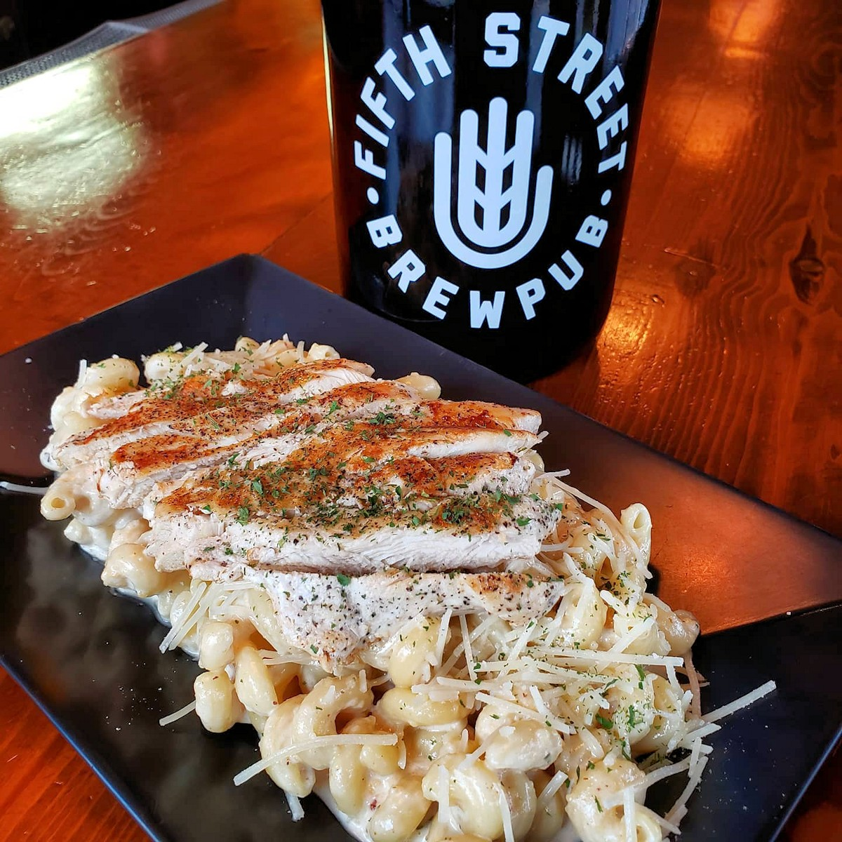 Cold nights call for carry-out. We suggest Chicken Alfredo and a growler of Saison Dutoit but, hey, we'll leave it to your stomach to make up your mind.  Carry-out, dine-in, or patio. Menus on our website.  Call 937-443-0919 to order.  #wearamask #craftwithcare #community https://t.co/4zZYP2R0AX