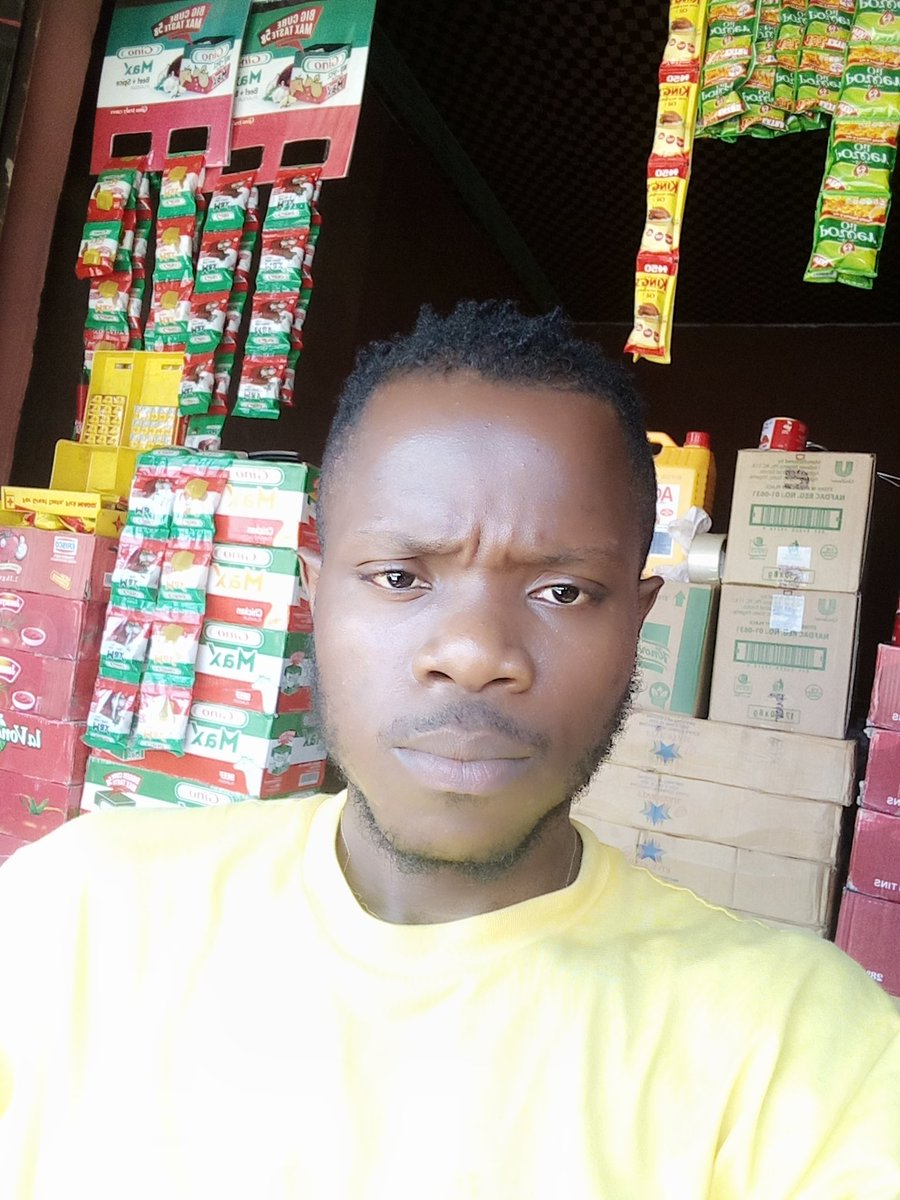 @Mazigburugburu1 This is my small shop  Honestly 500k will go a long way for me this Christmas season, I need to stock up goods. I have been struggling with this business because of lack of finance. I need to employ someone here by January and face my construction work #Mazismallbizchallenge https://t.co/2Es0DvIEbV