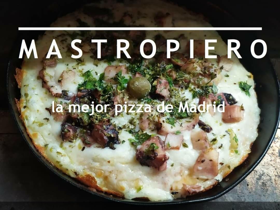 Cuando te hablen de la mejor #pizza de #Madrid te están hablando de #MastropieroOficial. ¿A qué esperas para probarla? #MastropieroOficial, en la calle Dos de Mayo esquina San Vicente Ferrer. #malasaña https://t.co/jiMaojTnen