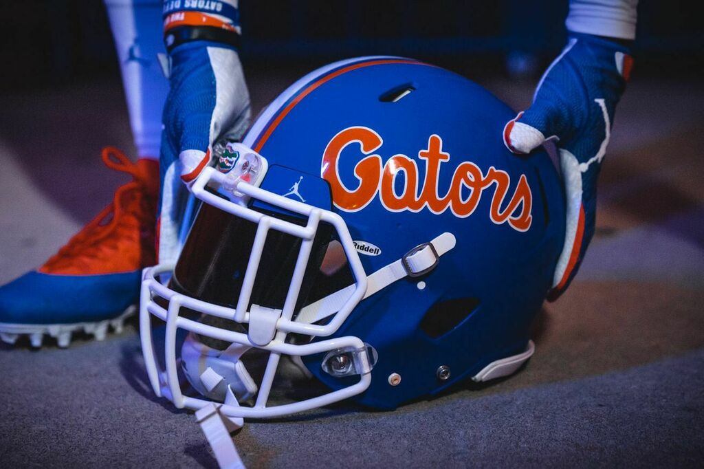 #Gators https://t.co/kctcbakDjf Thursday Buffet: Florida's new blue helmets, Joakim Noah retiring, and hope for NCAA Football? https://t.co/IvCwnnmr8D