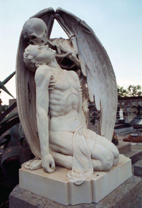 The Kiss of Death, Poblenou Cemetery, Barcelona. By Joan Fontbernat.