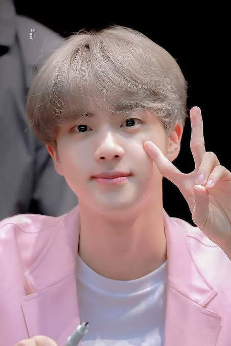 @aramochii @BTS_twt Happy Birthday to the beautiful & shining Kim Seokjin. You are a blessing & inspiration to the people around you. We Purple you💜dom banda aceh wish me luck #OurMoonJinDay #LePetitPrinceJin #OurSparklingGemJin #BrightestDiamondJin #NationalTreasureJin #OurDecemberMiracle @BTS_twt