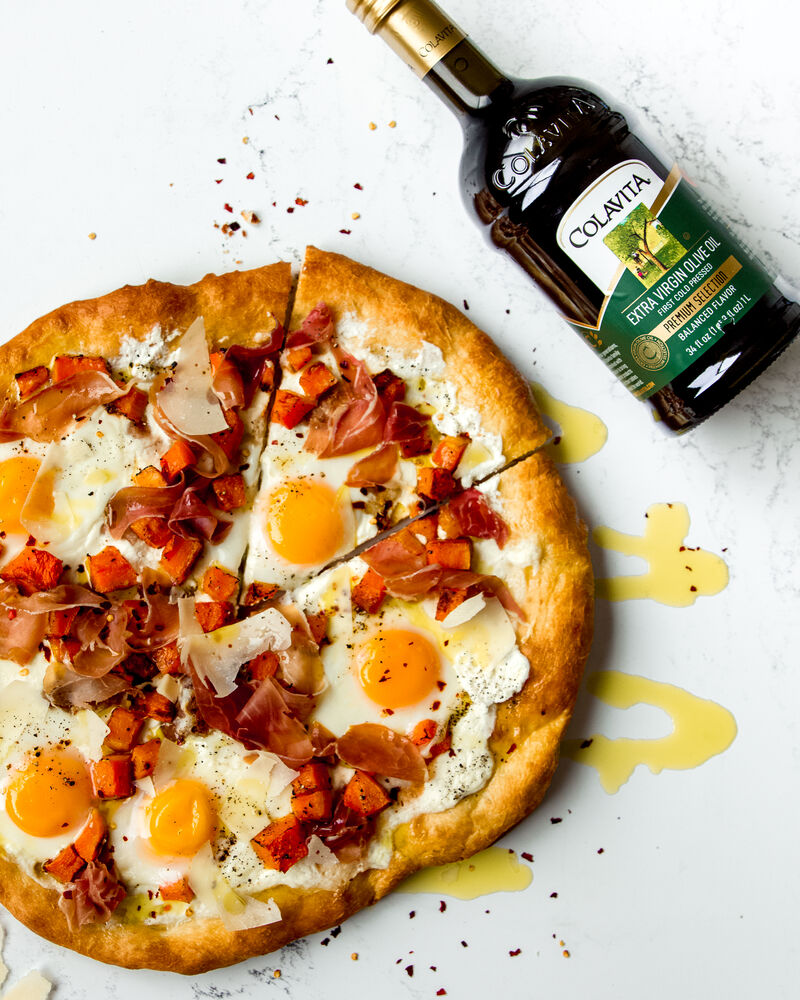💥GIVEAWAY! Win a #pizza making Prize Pack + #Colavita goodies! ENTER: https://t.co/aVbqSKEWlh 🍕This Brunch Pizza starts with our versatile pizza dough made w/ @ColavitaUSA Premium Selection #EVOO 🌟Tune in on IG live all week for #ColavitaPizzaWeek! #feedfeed #ad https://t.co/uUVKTW1MvS