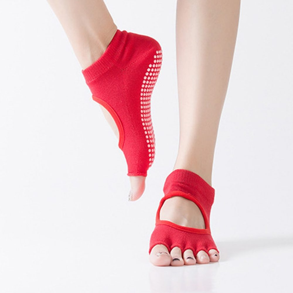 Women's Non-Slip Socks for Yoga #talksport #game https://t.co/ifaqkAslbL https://t.co/QqzSP6jBXy