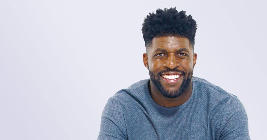 Former linebacker, Fox Sports analyst, and author @EmmanuelAcho recommends some great reads to add to your to-read pile: