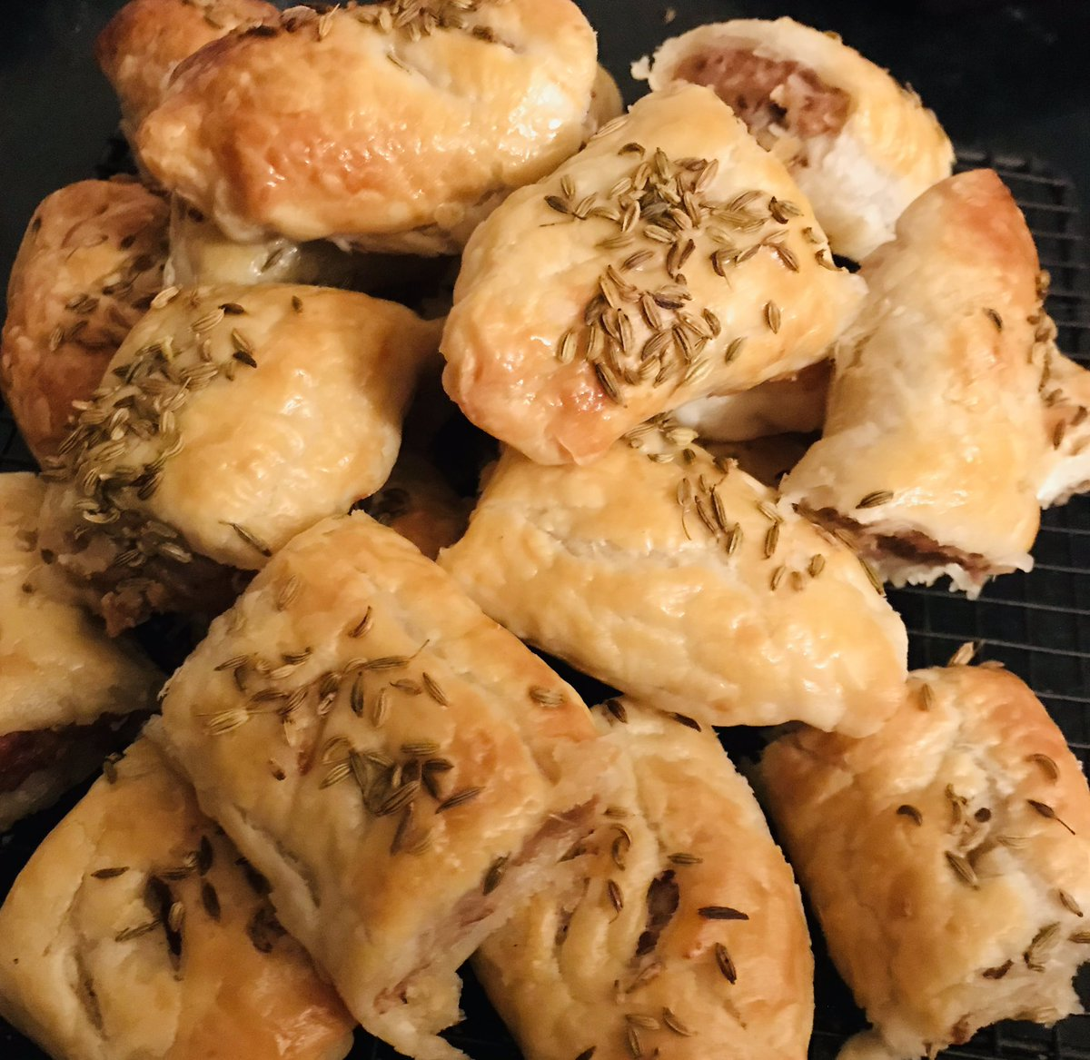 Channeling my mum today, sausage rolls with grated apple 🍎 in the mix. #keepcooking