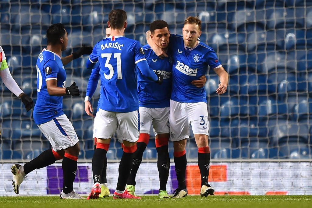 Wow 🤯  Rangers fought back TWICE to defeat Standard Liege and reach the last 32 of the #UEL   Report 📝 :   #RangersFC #bbcfootball