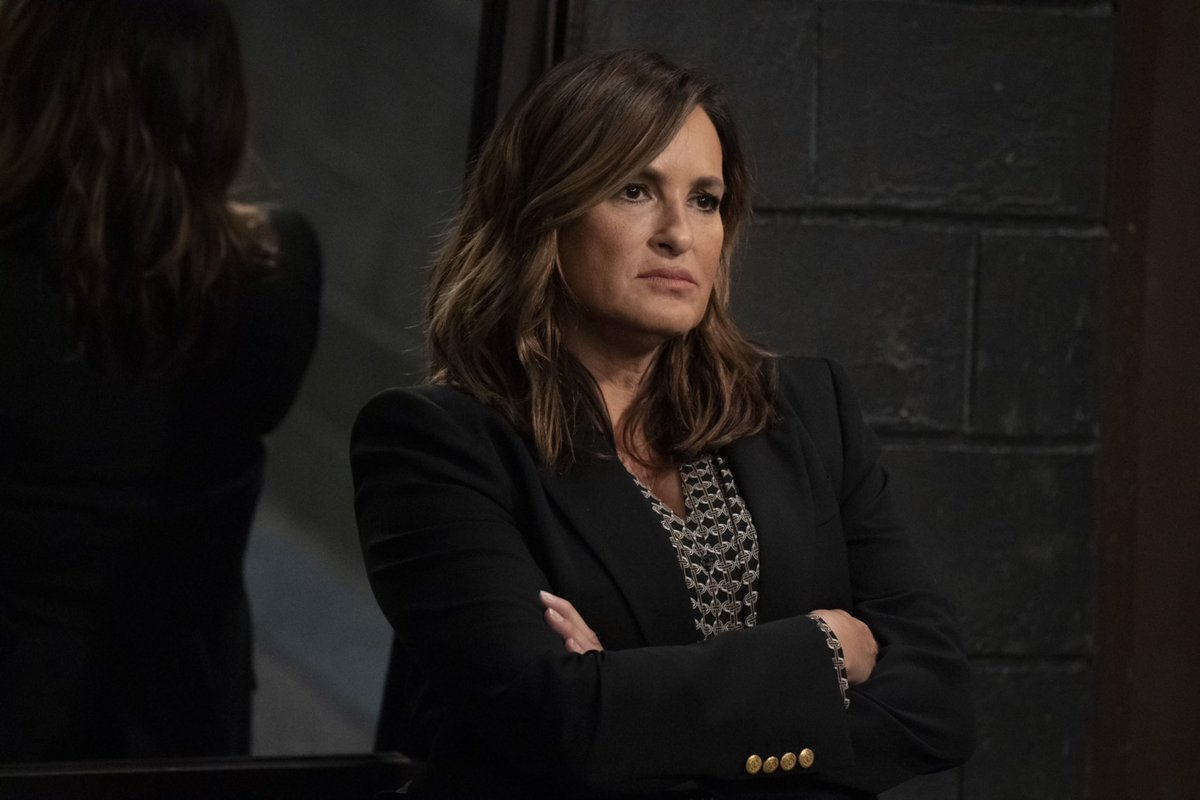 Alright, squad. Listen up. 🗣Who's reporting tonight to watch an all-new episode of@NBCSVU on NBC. Drop a 🚨below if we can count on you. 9 pm.Don't be late. Captain's orders. #SVU