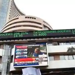 Image for the Tweet beginning: Sensex jumps 118.56 points to
